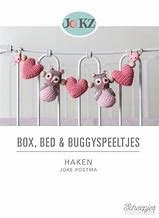 Box, bed en buggy haken Joke Postma